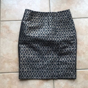3/$30 The Limited Metallic Brocade Pencil Skirt 2